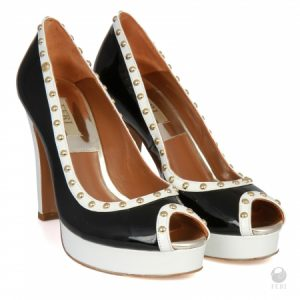 Get paid to wear FFRI ladies high end shoes